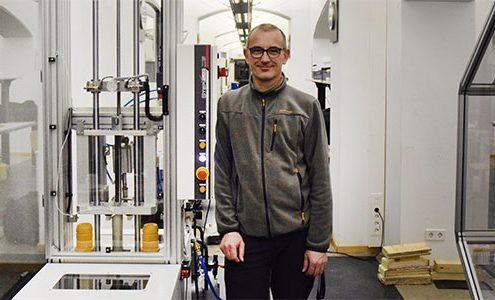 nuova macchina da test d'impatto all'università in Germania